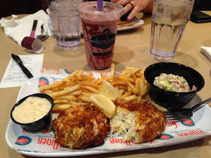 silver-diner-crab-cakes